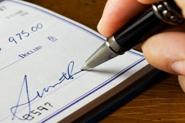How to Write a Chase Bank Check
